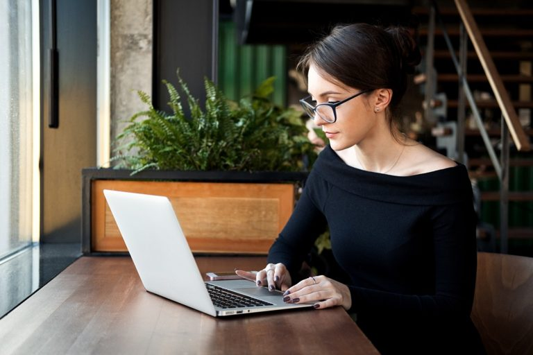 entrepreneur working in a coffee shop